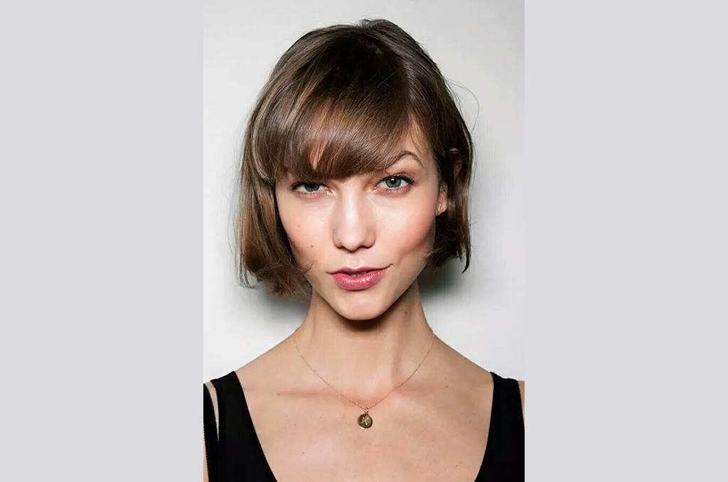 se dice y sea cierto que detrs de cada cambio dramtico de un corte de pelo de una mujer es algo as como estar pasando por una relacin