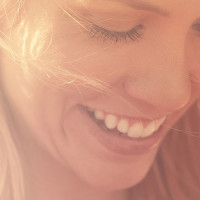 5 ingredientes naturales para aclarar el pelo