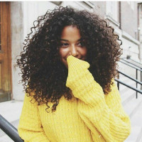 5 trucos infalibles para chicas con el cabello rizado