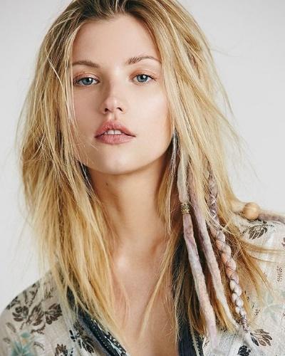peinado con rastas boho chic
